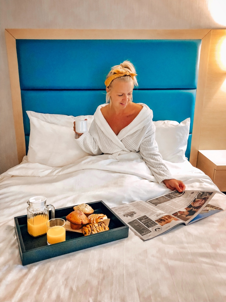 Breakfast in Bed, Crystal Lodge