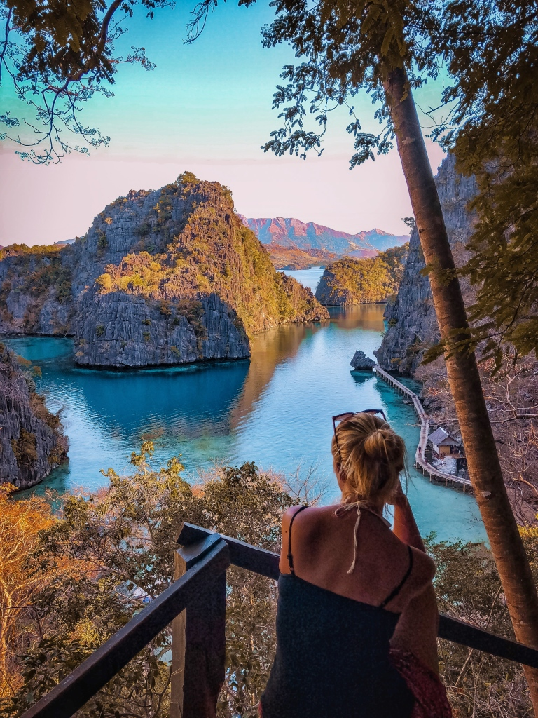 Kayangan Lake Lookout