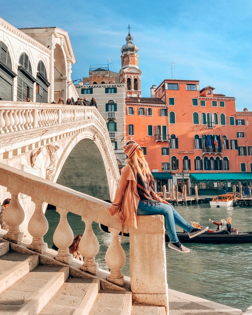 Rialto Bridge Venice Budget Travel Guide